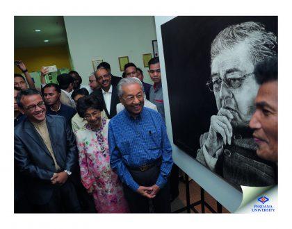 Tun Dr. Mahathir visits the Tun M: A Forever Legacy art exhibition at Perdana University